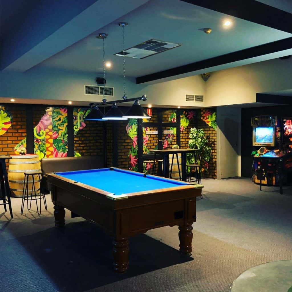 Basement-bar-private-party-venue-in-Adelaide-CBD-with-a-pool-table